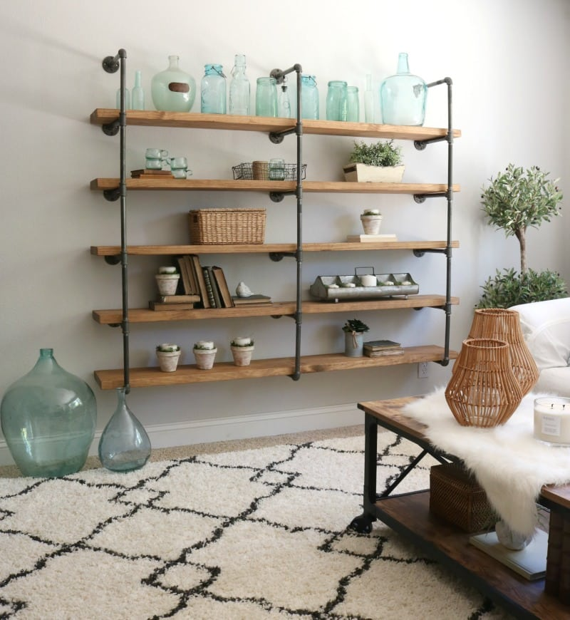 Tips on Building Your First DIY Shelf