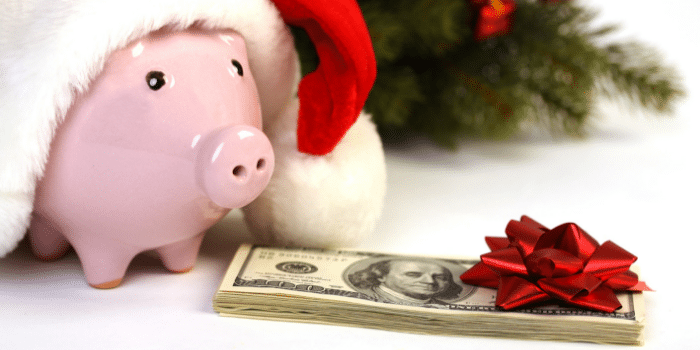 4 Tips For Saving Money On Christmas Gifts