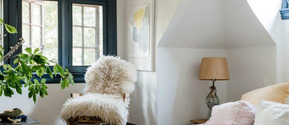 3 Design Tips To Make Your Bedroom Feel Cozier